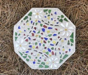 Handmade stepping stone is a great gift idea for the gardener on your list.